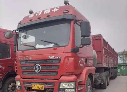 陕汽德龙新M3000 牵引车  380匹 2017年02月 6x4